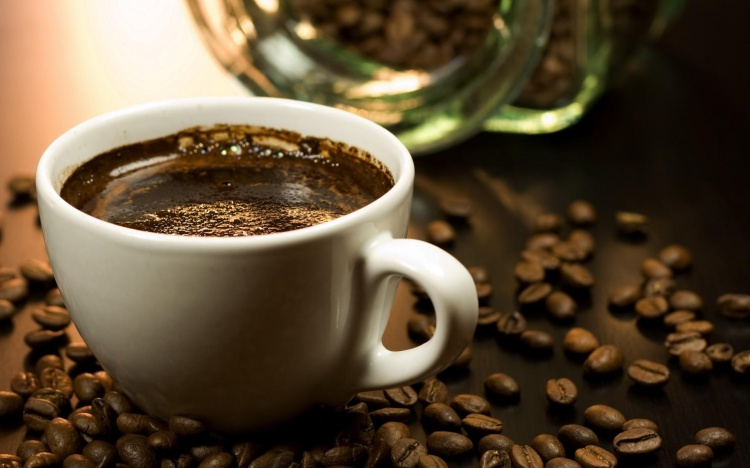 rich-cup-of-coffee-1920x1200